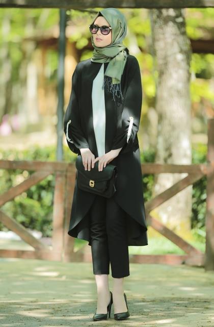 hijab-united-tunik-siyah.jpg